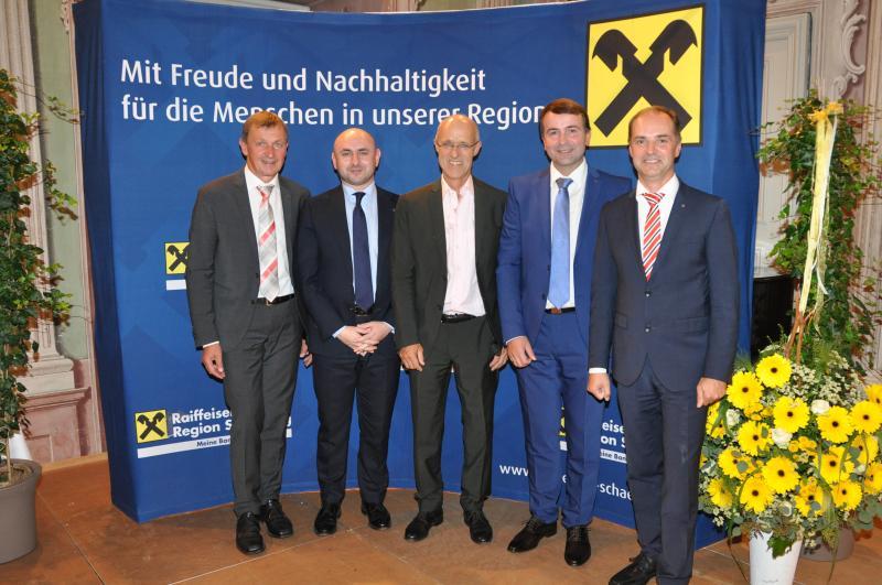"""""""Treffpunkt Wirtschaft"""" im Schloss Zell an der Pram"""